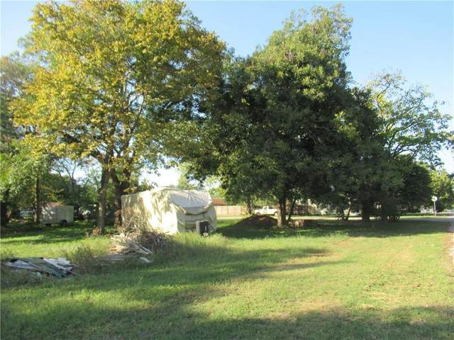 109 Wilkes Lot 7 St, Smithville, TX 78957 (#7222491) :: The Summers Group