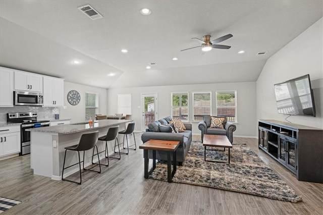 3404 Hamilton Ave, Lago Vista, TX 78645 (#7688687) :: Papasan Real Estate Team @ Keller Williams Realty
