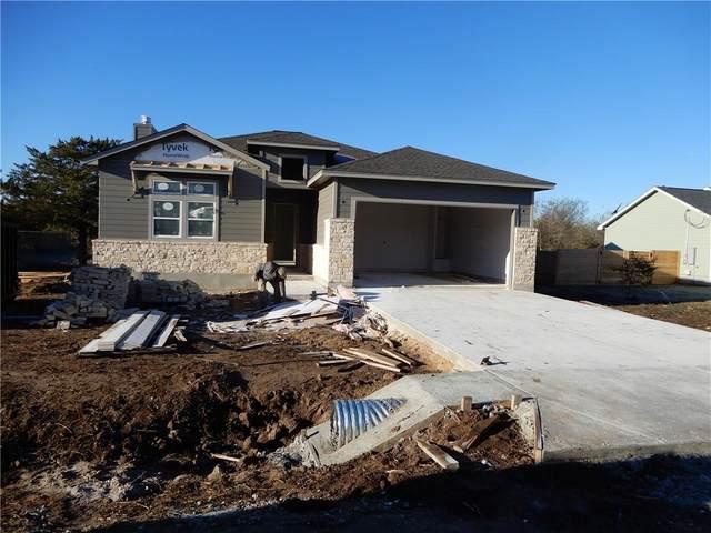 121 Naalehu Ct, Bastrop, TX 78602 (#7912862) :: Zina & Co. Real Estate