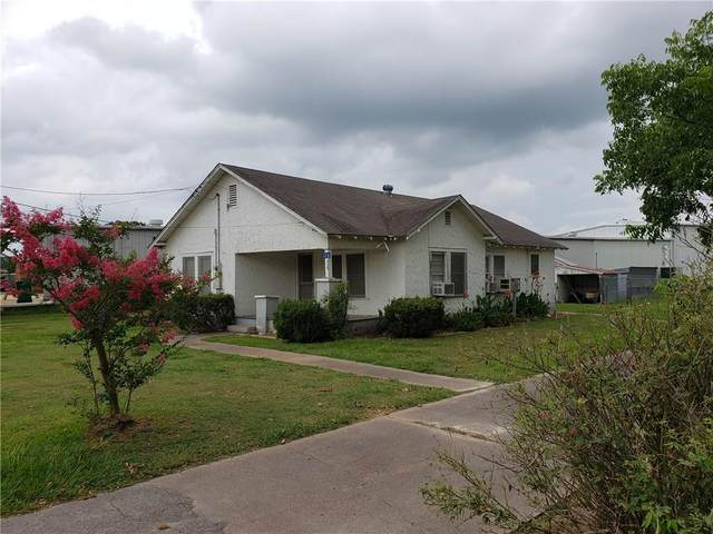 1336 N Jefferson St, La Grange, TX 78945 (#7913650) :: Realty Executives - Town & Country