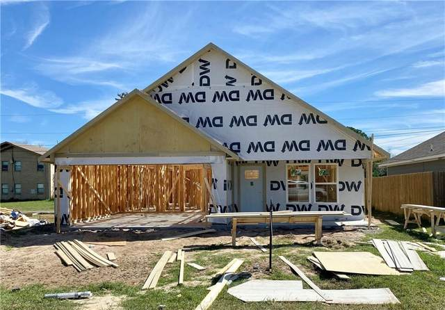 350 Edgewood Ave, Giddings, TX 78942 (#8350058) :: Papasan Real Estate Team @ Keller Williams Realty