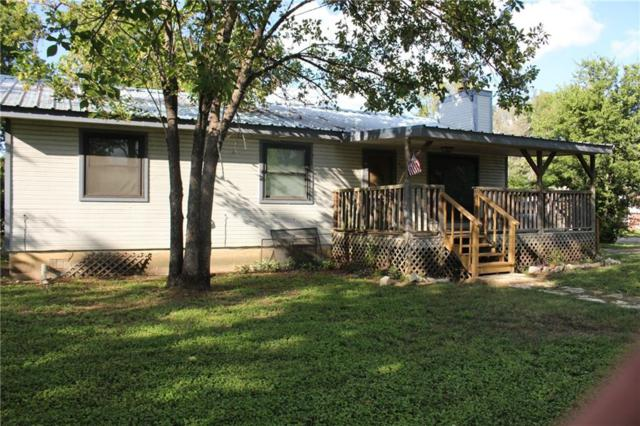 708 Locust St, Bastrop, TX 78602 (#8648390) :: The Perry Henderson Group at Berkshire Hathaway Texas Realty