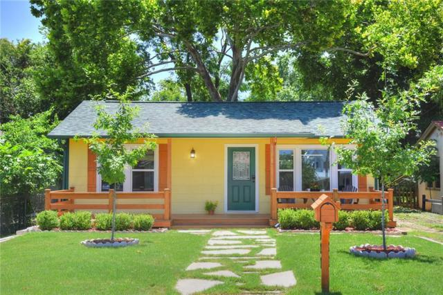 927 N Union Ave, New Braunfels, TX 78130 (#8818960) :: The Heyl Group at Keller Williams