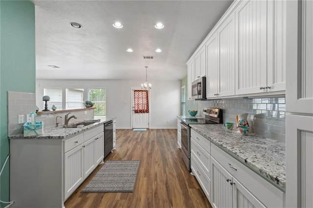 207 Bandara Woods Blvd, Elgin, TX 78621 (#1696552) :: Papasan Real Estate Team @ Keller Williams Realty