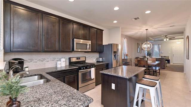 338 Pine Arbol, Buda, TX 78610 (#2140626) :: The Perry Henderson Group at Berkshire Hathaway Texas Realty