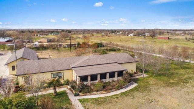 215 N Towns Mill Rd, Georgetown, TX 78626 (#2792713) :: RE/MAX Capital City
