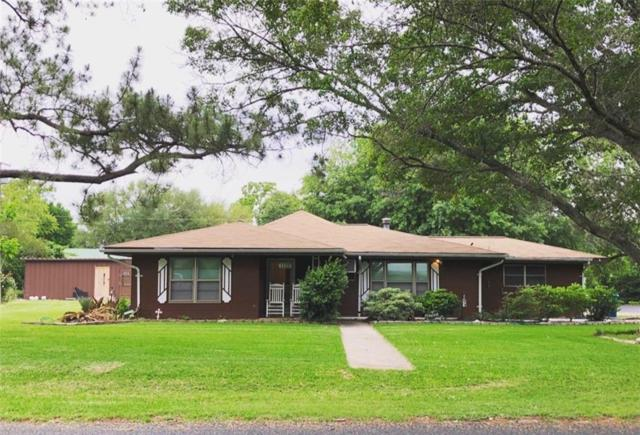 1122 W 2nd St, Elgin, TX 78621 (#4651281) :: The Perry Henderson Group at Berkshire Hathaway Texas Realty