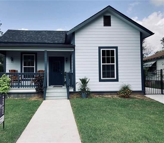 415 Davis St, Taylor, TX 76574 (#5892058) :: Watters International