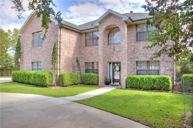 1824 Hunters Run, New Braunfels, TX 78132 (#8334071) :: The Perry Henderson Group at Berkshire Hathaway Texas Realty