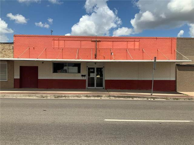 259 N Main St, Giddings, TX 78942 (#8491023) :: Lucido Global
