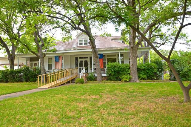 508 W Dry St, San Saba, TX 76877 (#8652098) :: Papasan Real Estate Team @ Keller Williams Realty