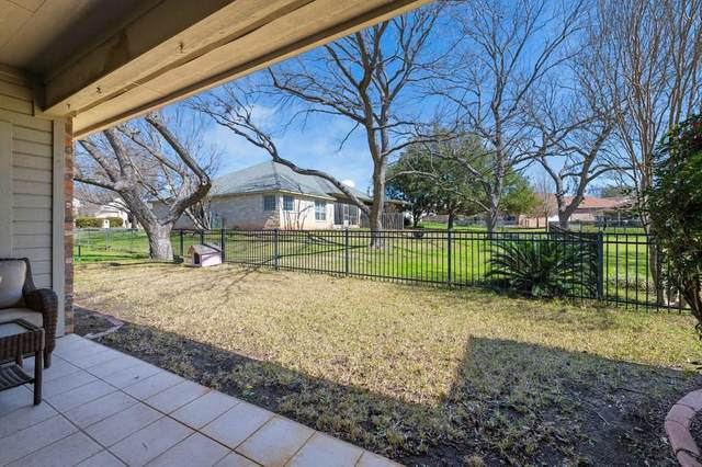 334 Olympia Fields St, Meadowlakes, TX 78654 (#2634046) :: The Perry Henderson Group at Berkshire Hathaway Texas Realty