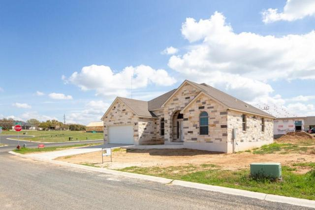 701 E Chinkapin Dr E, Fredericksburg, TX 78624 (#5629724) :: Watters International