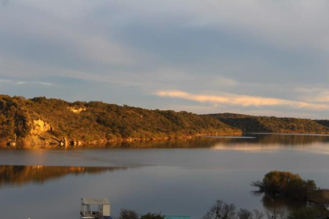 1680 Hickory Creek Rd, Marble Falls, TX 78654 (#6075363) :: The Perry Henderson Group at Berkshire Hathaway Texas Realty