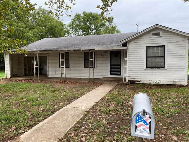 209 Comal Ave, Luling, TX 78648 (#6298960) :: Green City Realty