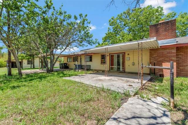 801 W 3rd St, Kyle, TX 78640 (#7136682) :: Papasan Real Estate Team @ Keller Williams Realty
