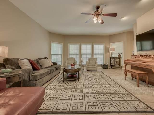 3200 Duval St #208, Austin, TX 78705 (#4475638) :: Zina & Co. Real Estate