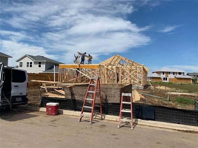 212 Four Star Drive, Elgin, TX 78621 (#1896954) :: Papasan Real Estate Team @ Keller Williams Realty