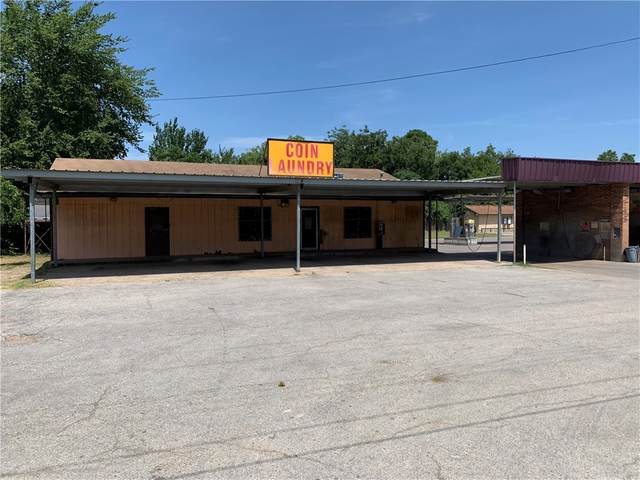 1300 N Travis Ave, Cameron, TX 76520 (MLS #3990703) :: Vista Real Estate