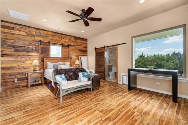 1076 Hidden Hills Dr, Dripping Springs, TX 78620 (#5106460) :: Watters International