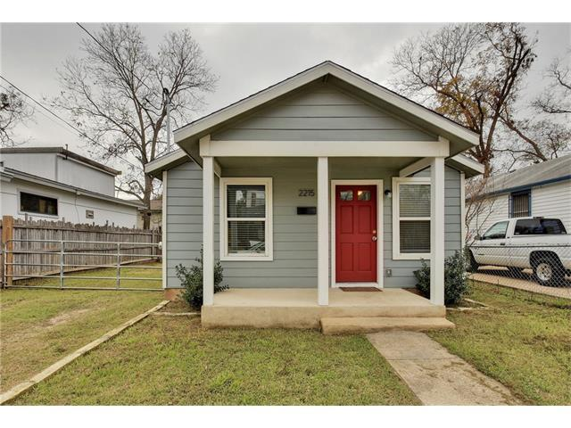 2215 Santa Rita St, Austin, TX 78702 (#1033685) :: Watters International
