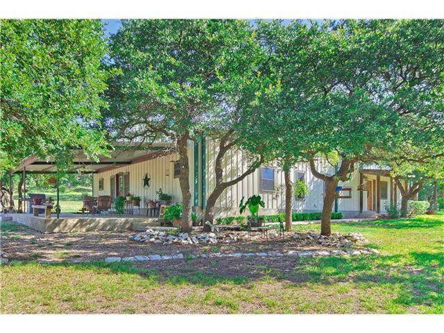 1300 County Road 233, Florence, TX 76527 (#1038862) :: Watters International