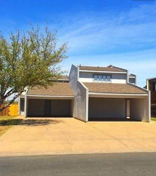 4320 52nd St, Lubbock, TX 79413 (#1079029) :: Lancashire Group at Keller Williams Realty
