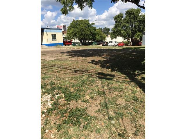 2205 Chestnut Ave, Austin, TX 78722 (#1085934) :: Forte Properties