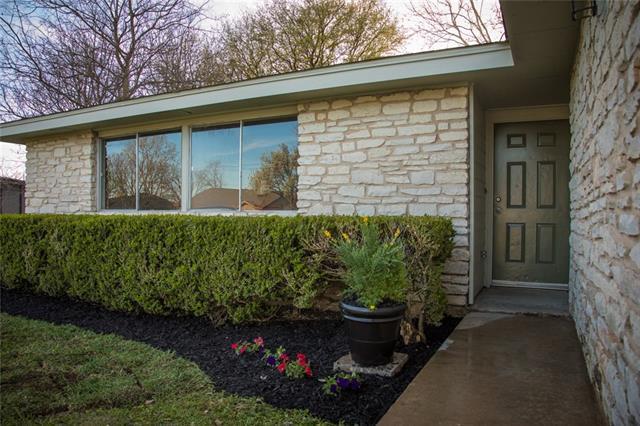 2509 Bois D Arc Ln, Cedar Park, TX 78613 (#1087235) :: Ben Kinney Real Estate Team