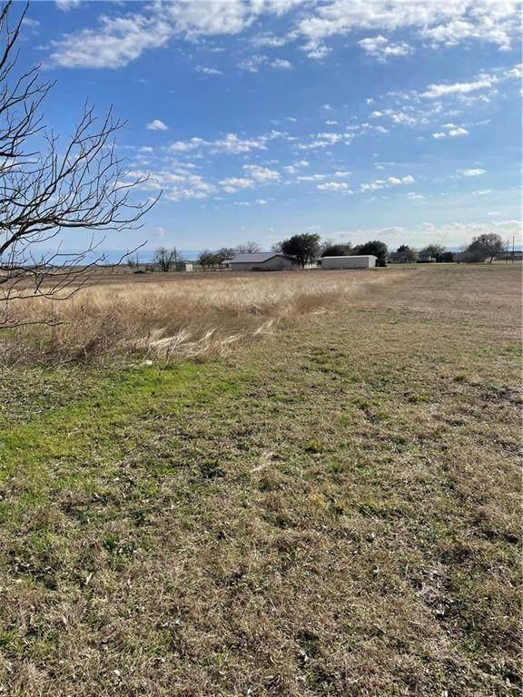 13319 E Hwy 36 Highway, Rogers, TX 76569 (#1097250) :: Papasan Real Estate Team @ Keller Williams Realty