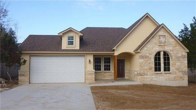 110 Rainforest Dr, Bastrop, TX 78602 (#1110255) :: The Perry Henderson Group at Berkshire Hathaway Texas Realty