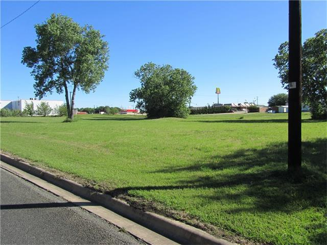 2.11 Acres Holly Springs Dr, Taylor, TX 76574 (#1192819) :: The Summers Group