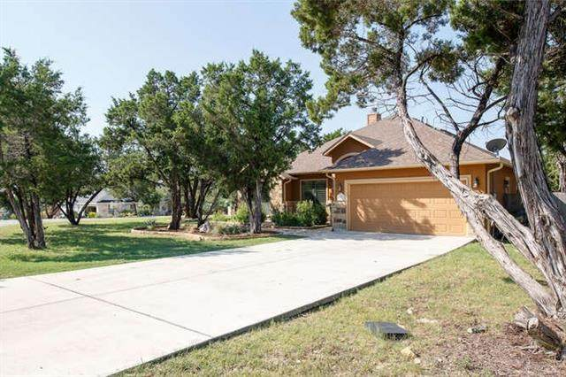 1 Spicewood Ct, Wimberley, TX 78676 (#1222017) :: R3 Marketing Group