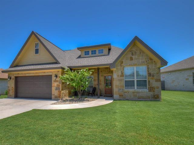 123 Marion St, Meadowlakes, TX 78654 (#1230703) :: The ZinaSells Group