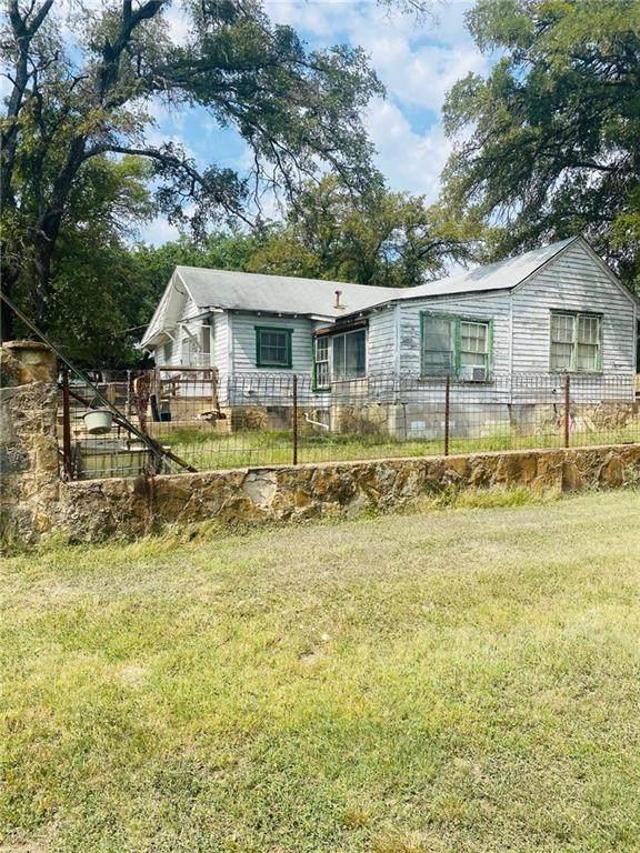 1206 Main St W, Gatesville, TX 76528 (#1328995) :: Papasan Real Estate Team @ Keller Williams Realty