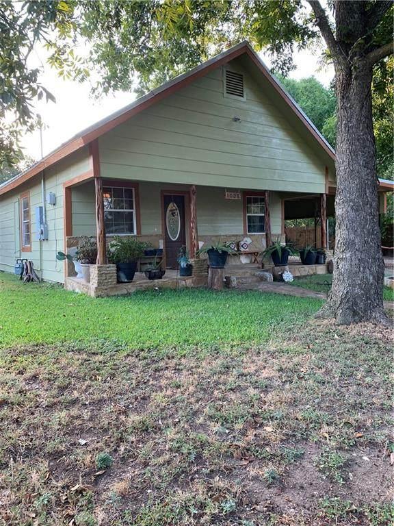 1005 S Pierce St, Burnet, TX 78611 (#1407785) :: RE/MAX Capital City