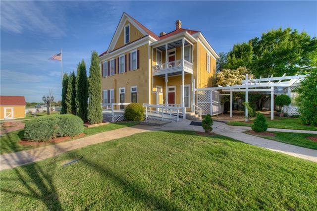 1903 J M Page Lane, Georgetown, TX 78628 (#1436775) :: Watters International