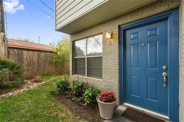 2101 Polaris Ave #5, Austin, TX 78757 (#1459806) :: Papasan Real Estate Team @ Keller Williams Realty