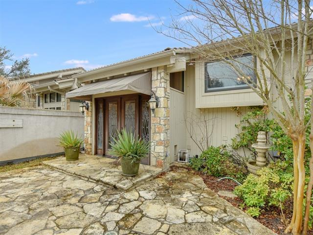 505 Rock Bluff Dr, Austin, TX 78734 (#1523779) :: TexHomes Realty
