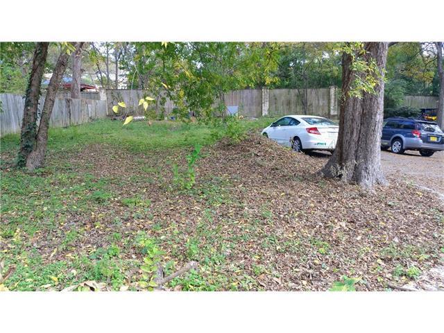 4409 Barrow Ave, Austin, TX 78751 (#1527530) :: Papasan Real Estate Team @ Keller Williams Realty