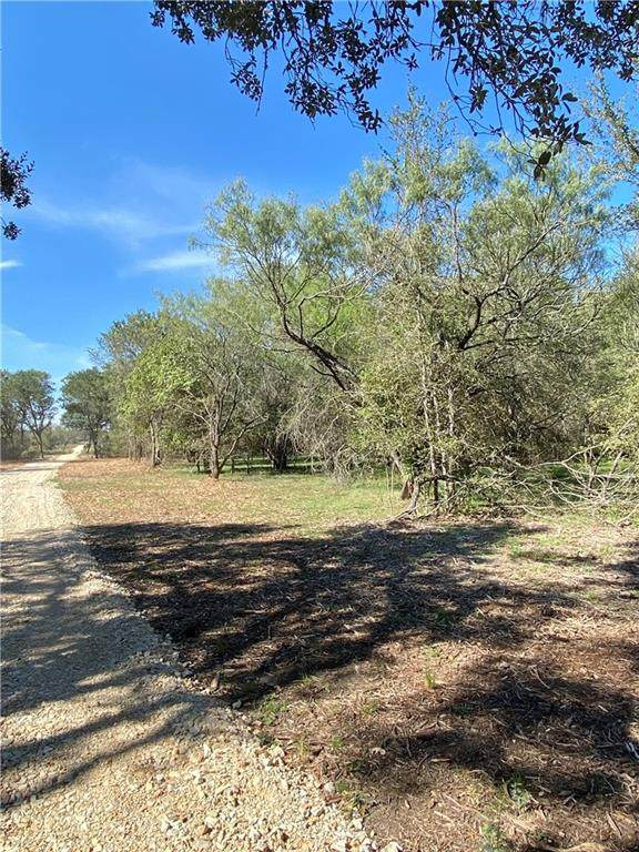 TBD Tract D Baker Rd, Kingsbury, TX 78638 (MLS #1658964) :: The Lugo Group