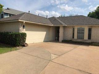 1215 Batavia Dr, Pflugerville, TX 78660 (#1668176) :: The Myles Group | Austin
