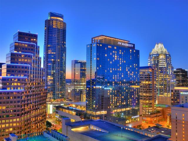 200 Congress Ave 21A, Austin, TX 78701 (#1747473) :: KW United Group