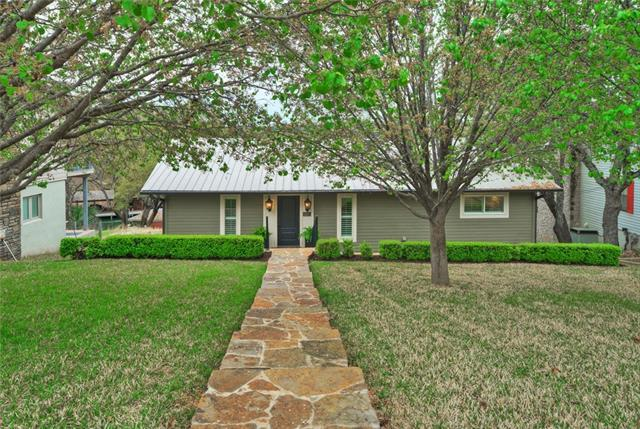 2708 Sunnypoint Dr, Horseshoe Bay, TX 78657 (#1751863) :: Forte Properties