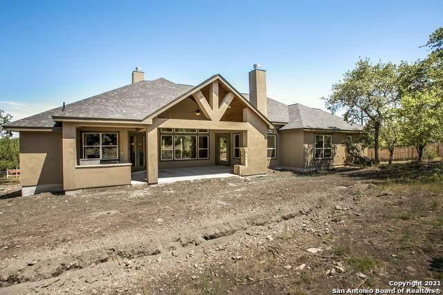 231 Sabella, Spring Branch, TX 78070 (#1761488) :: Papasan Real Estate Team @ Keller Williams Realty