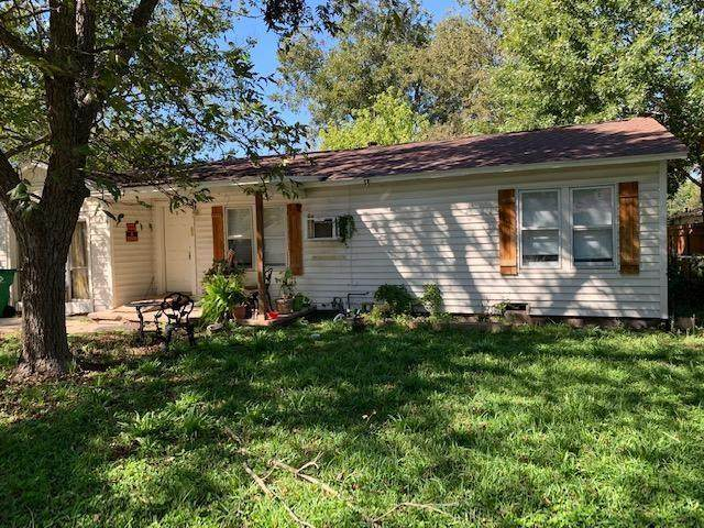102 W Gibson St, Thorndale, TX 76577 (#1773146) :: ORO Realty