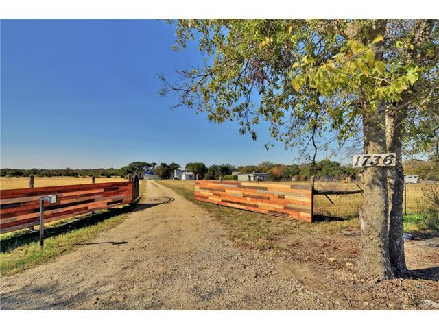 1736 County Road 130, Hutto, TX 78634 (#1838884) :: RE/MAX Capital City