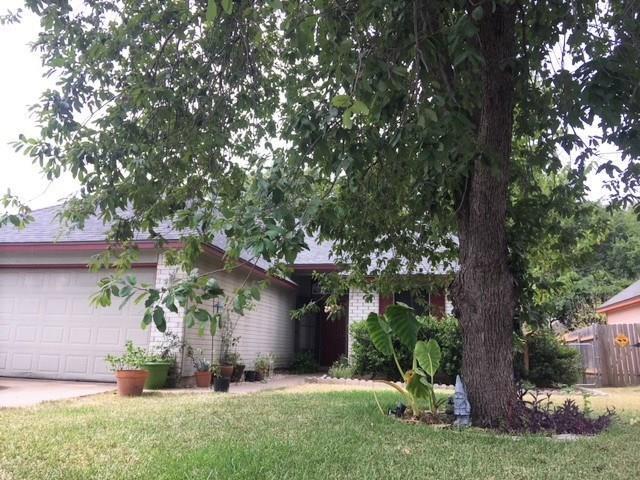 5707 Meadow Crst, Austin, TX 78744 (#1849603) :: Watters International