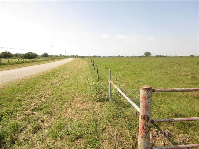 0000 New Ulm Road, Columbus, TX 78933 (#1891364) :: The Perry Henderson Group at Berkshire Hathaway Texas Realty