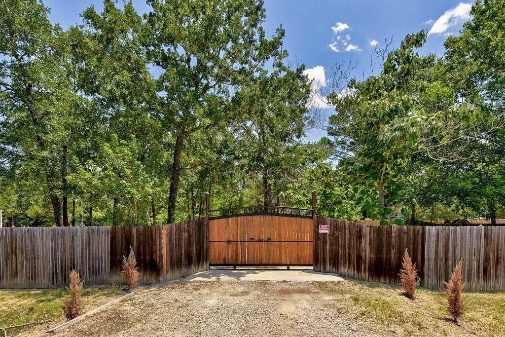 136 Creekside Dr - Photo 1